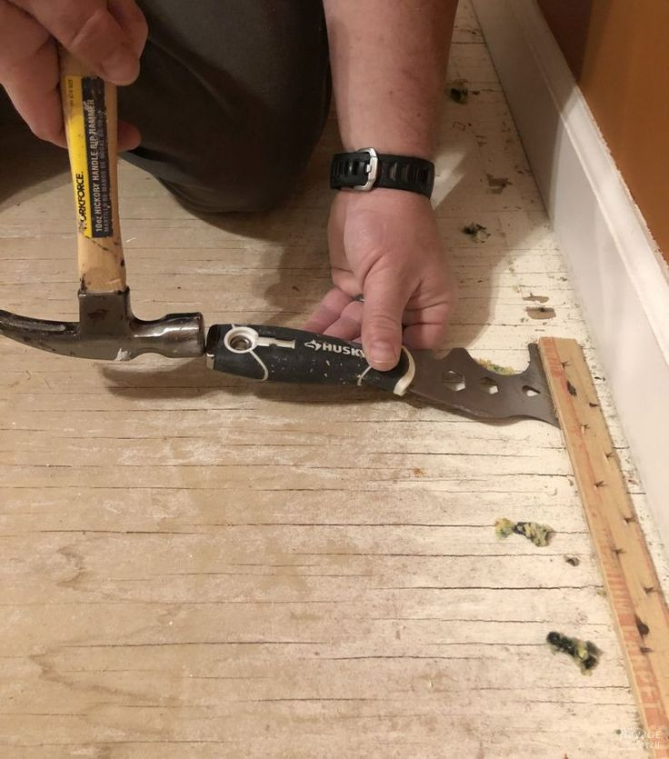 Carpet removal and how to easily remove carpet tack strips