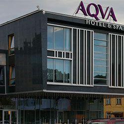 Aqva Hotel & Spa sijaitsee historiallisessa Rakveren kaupungissa vain tunnin automatkan päässä Tallinnasta. Hotellin viereinen vanha linnoitus luo säväyttävän ja ainutlaatuisen tunnelman lomalle samalla, kun nautit modernin hotellin tarjoamista mahdollisuuksista. #aqvahotelspa #eckeröline #rakvere #estonia #viro