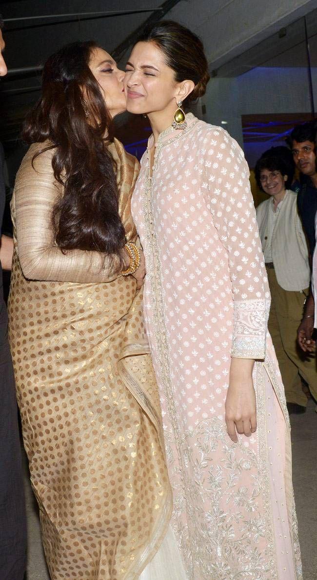 Rekha (L) and Deepika Padukone at Bajirao Mastani screening