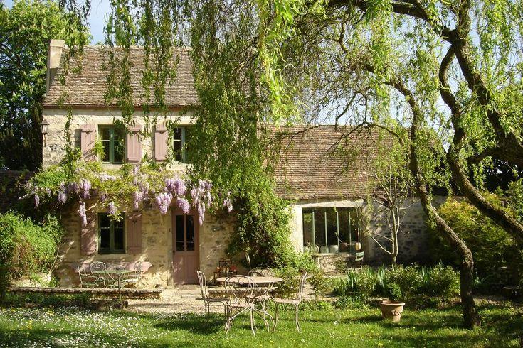 Oltre 25 fantastiche idee su esterno delle finestre su for Piani inglesi della casa del cottage del tudor
