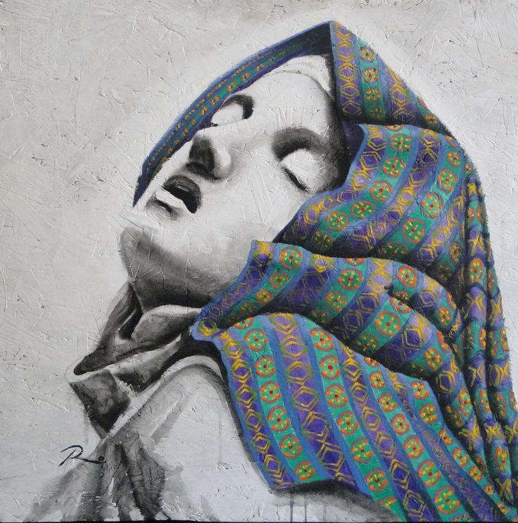 """White Chola. La obra se basa en un detalle de la escultura de Bernini  El éxtasis de Santa Teresa. El ejercicio de traducirla a formar gráficas más sencillas, encarnaciones en escala de grises y poniendo el énfasis en el manto que nos remite a los diseños del norte de los andes en donde a las mujeres autóctonas se les llama """"Chola"""". De esta forma la imagen transmuta a un espacio irreal donde ya no encaja en la historia occidental, ni tampoco en el imaginario latino americano."""