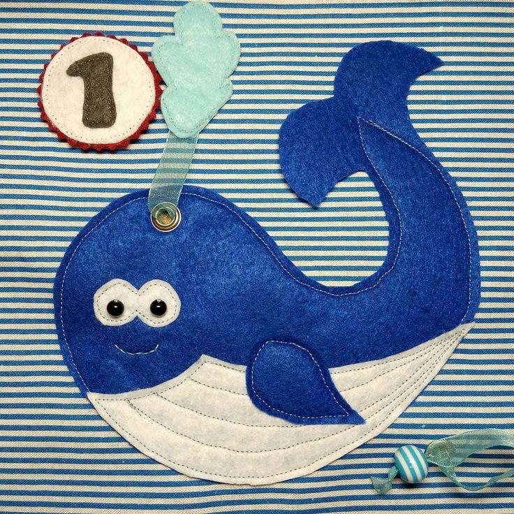 Сегодня у меня день кита ☺ Вот такой милаш получился. Фантанчик: развивашка-перетяжка. Как вам? Красавчик? #smartbabybook  #процесс_smartbabybook