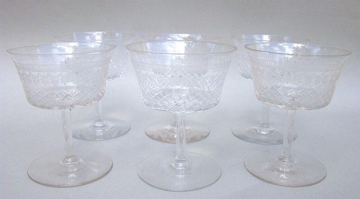 SET OF SIX EDWARDIAN PALL MALL CHAMPAGNE GLASSES, CIRCA 1910