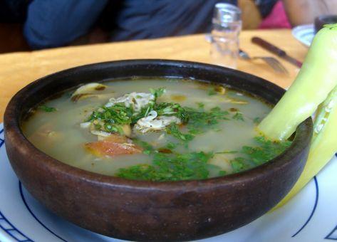 Receta de Caldillo Chilote, plato típico de Chiloe, Ingredientes y Modo de Preparación fácilmente y Paso a Paso, Cocina Tradicional Chilena.