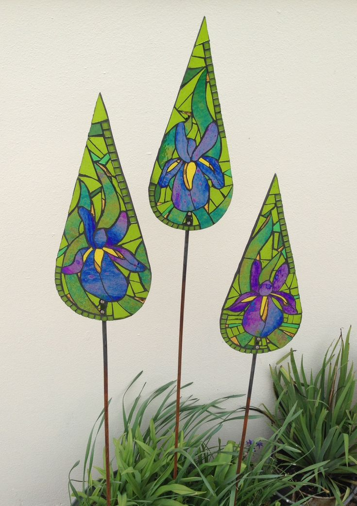 Iris trio. Art for the garden. Handcrafted glass mosaic sculptures from Primrose Mosaics.