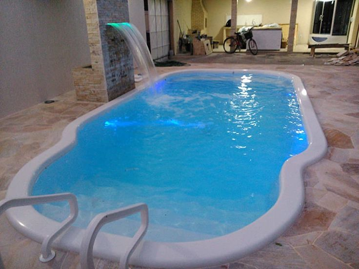 M s de 25 ideas incre bles sobre luces de piscina en for Luces para piscinas