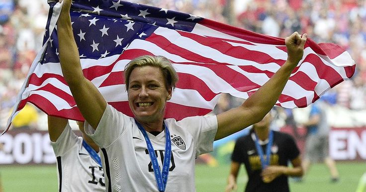 U.S. soccer star admits to years of alcohol, pill abuse #Sport #iNewsPhoto