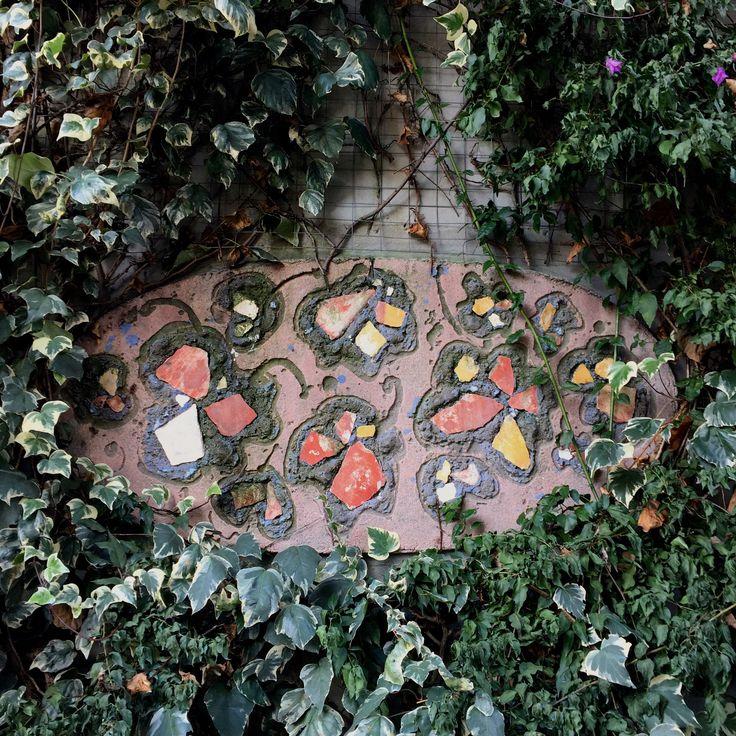 Mosaico / Mosaic / Mosaïque  #Giardino #Deco #Esterni #Outdoor #Garden #Villa #Jardin #Art #Emblema #Opificio #Design #Exterieure #Decoration