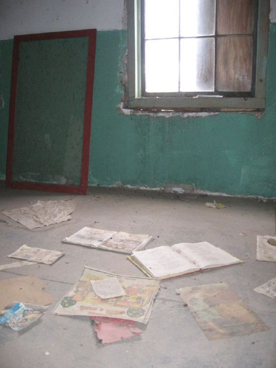 Ilya Kabakov created School No.6 in 1993 as a gift to the Chinati Foundation in Marfa, Texas.