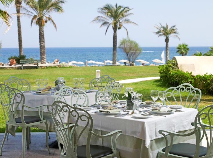 Symposium Restaurant - enjoy a first class meal on the wonderful verandas