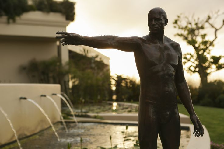 Sculpture by Angus Taylor leading the guests to the contemporary art gallery at Ellerman House. ellerman.co.za