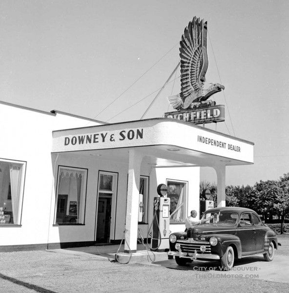 213 Best Vintage Car Dealership Images On Pinterest: 50 Best Antique Cars Images On Pinterest