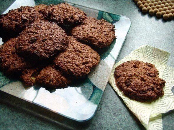 Шоколадное овсяное печенье без сахара  На 1 печенько (27г.) – 56,2ккал.
