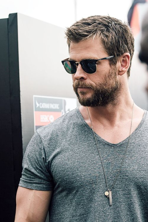 17 best images about chris hemsworth liam hemsworth on pinterest ghostbusters eyes and liam. Black Bedroom Furniture Sets. Home Design Ideas