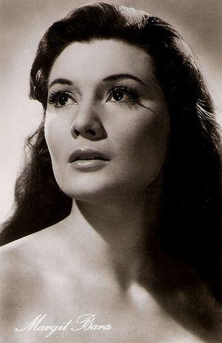 Margit Bara. East-German postcard by VEB Progress Filmvertrieb, Berlin, no. 578, 1957.Photo: Magyar-Film. Publicity still for Szakadék/Abyss (László Ranódy,1956).