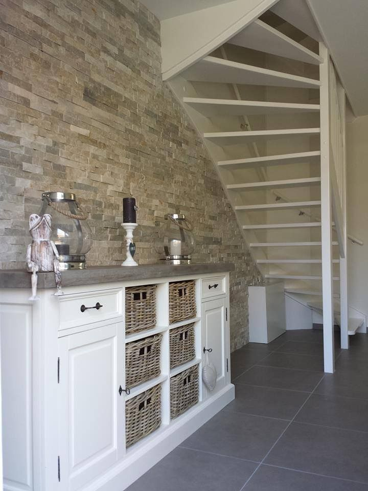 Stone Panels op wand in woonkamer