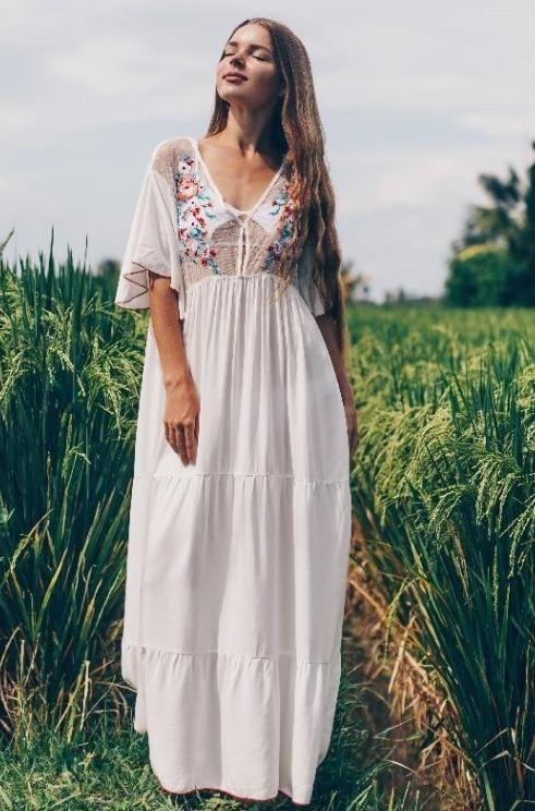 Camilla Boho Maxi Dress – Jojo Like Flowy Summer Dresses, Long Dresses, Maxi Dresses, Casual Dresses, White Boho Dress, Maxi Dress Wedding, Boho Skirts, Boho Outfits, Boho Chic
