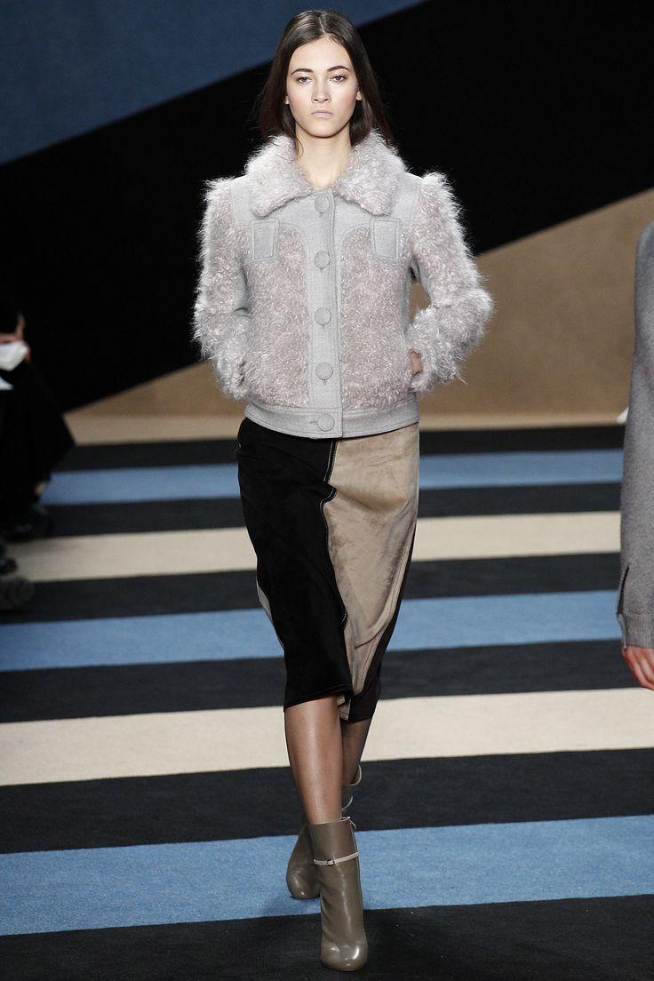 Derek Lam Fall 2016 Ready-to-Wear Fashion Show - Greta Varlese