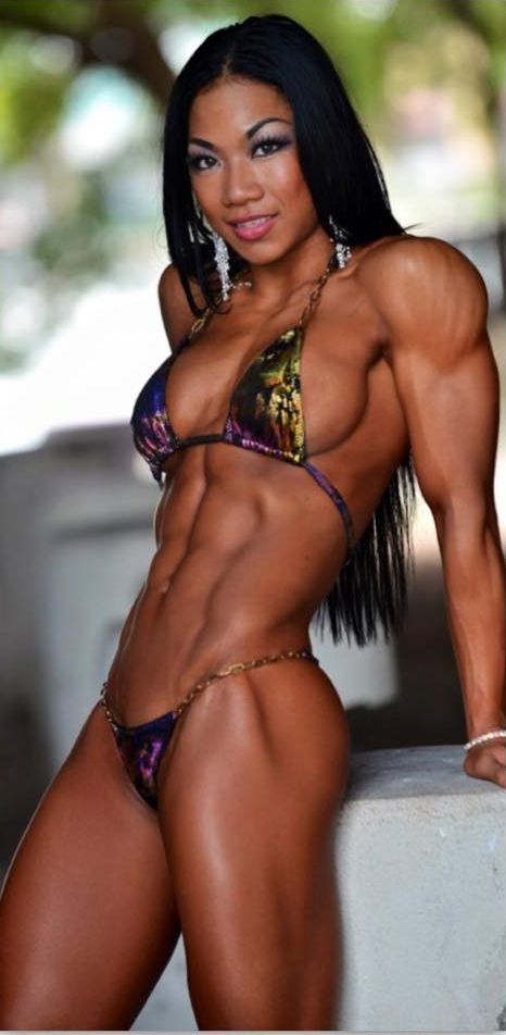 Sexy black muscle women-9939