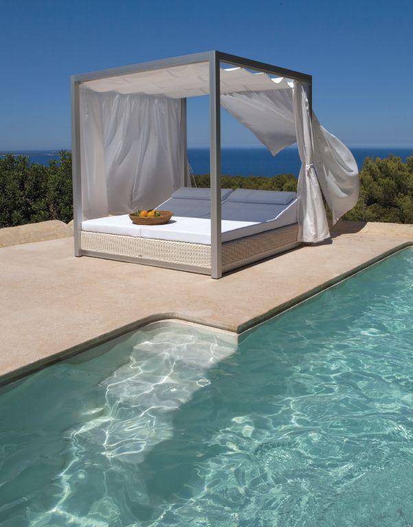 Tumbona doble con cortinas / Double sun bed with courtains. SUNSET de @ECampos_82