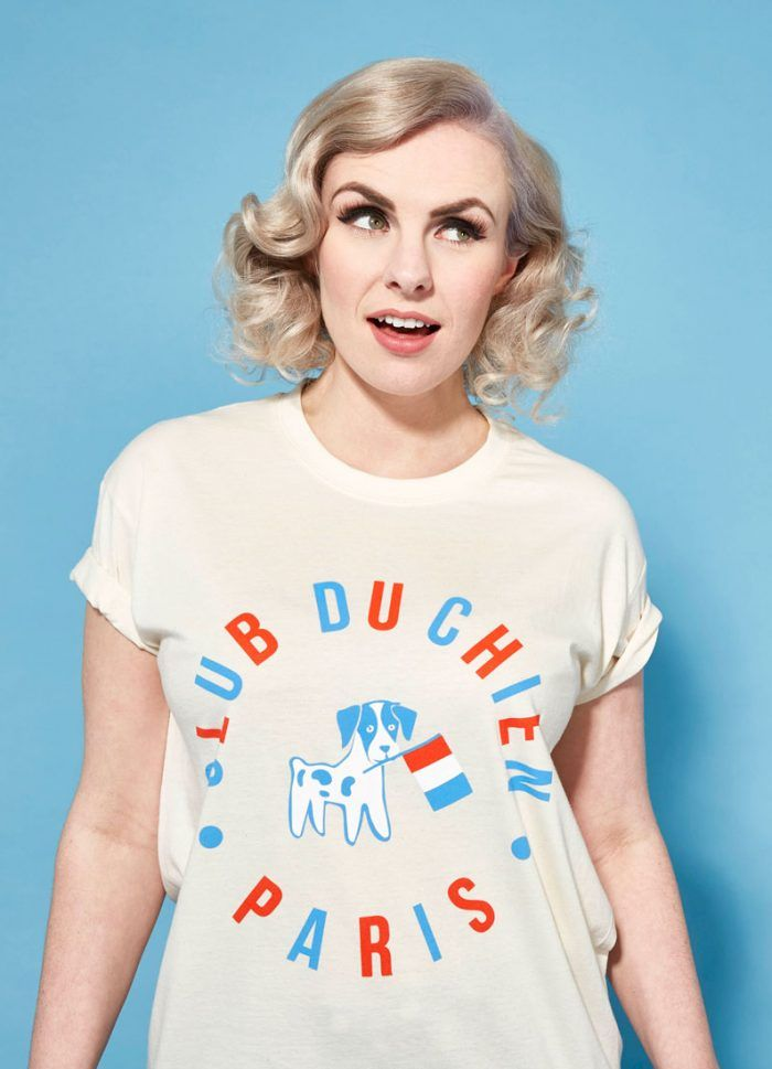 Pooch French Dog T Shirt | size small. A French Paris dog t shirt, what's not to love!
