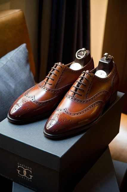 Gaziano & Girling Rosewood Rothschild wingtip shoes will elevate any suit to a higher level. Mr.Dress UP!!!
