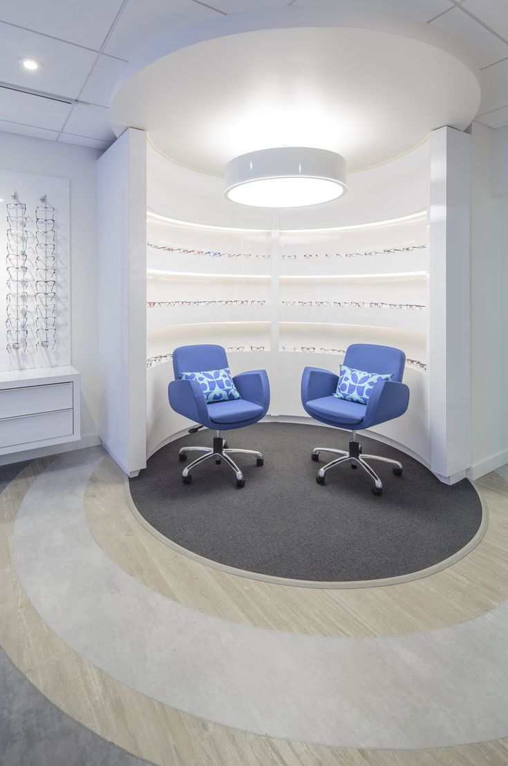 Spot Eyewear Is A Retail Store Inside Insight Optometry Clinic The Curved Displays Accentuate