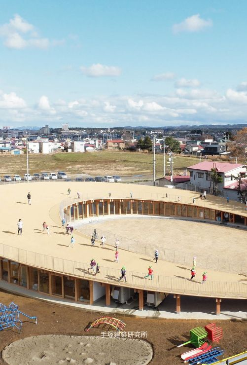手塚貴晴+手塚由比 手塚建築研究所 『よしの保育園』 構造:TIS&PARTNERS https://www.kenchikukenken.co.jp/works/949680077/571/ #architecture #建築