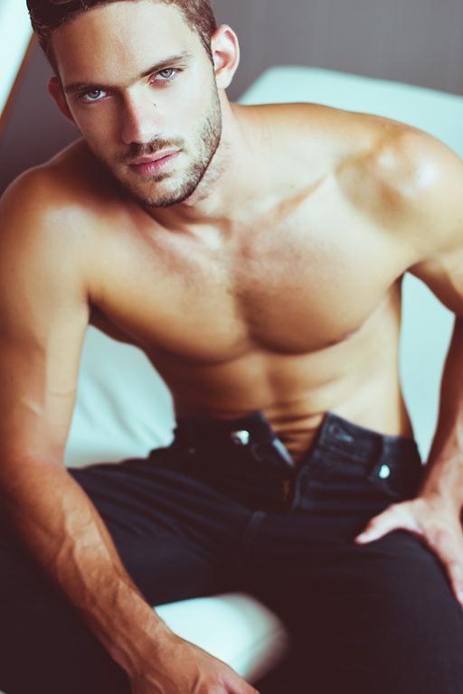 PAULO DE ANGELI #ragazzomgmt #agenciaragazzo #men #model #brazilianmodel