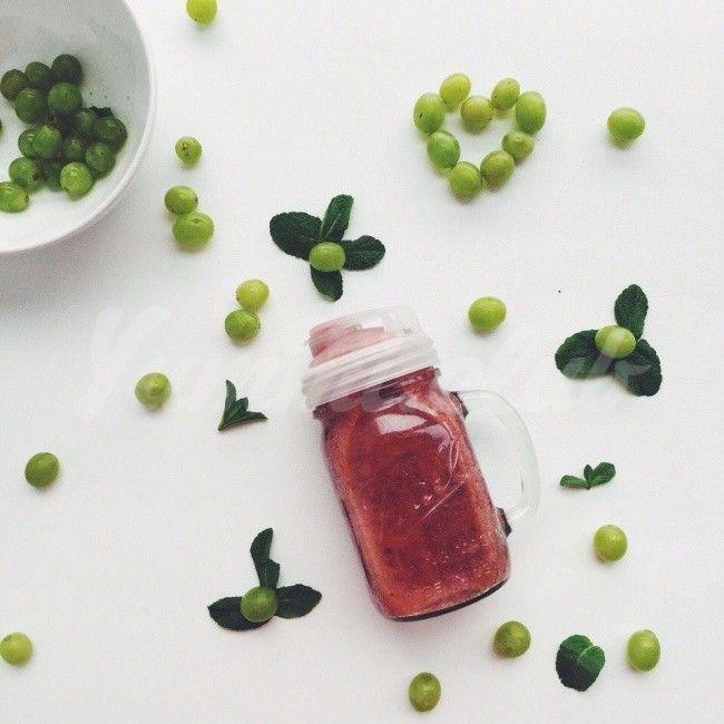Виноградно-вишневый смузи с мятой