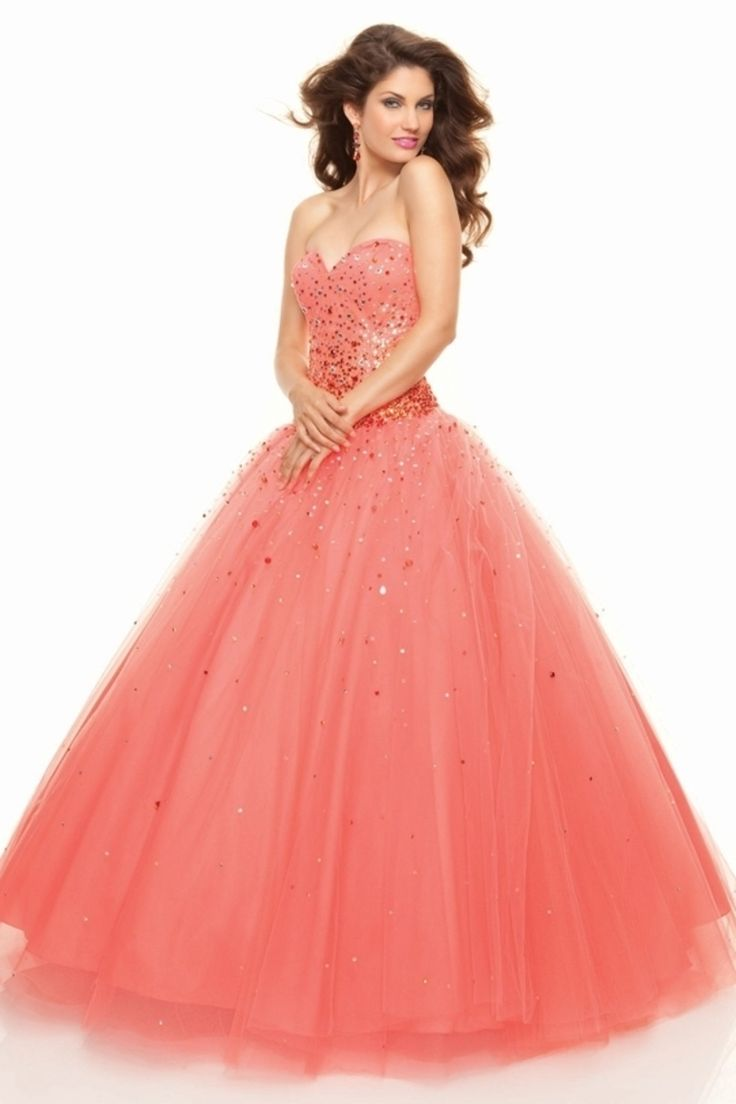 2013 Quinceanera Dresses A Line Sweetheart Floor Length Beading & Sequins Ball Gown