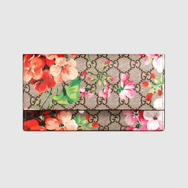 Gucci Blooms Supreme chain wallet Pink | Wishlist