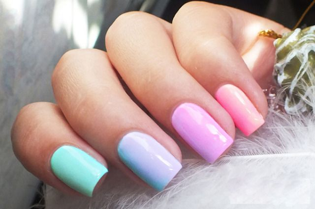 Easy nail designs, Gentle gradient nails, Manicure by summer dress, Nails ideas 2017, Nails trends 2017, Pink and blue nails, Romantic nails, Spring nail art