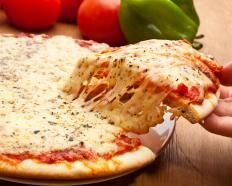 Ricetta Pizza margherita al microonde http://www.gustissimo.it/ricette/pizze/pizza-margherita-al-microonde.htm