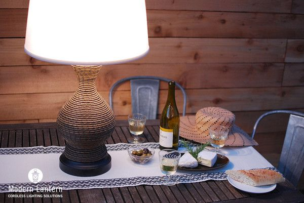 NEW! OUTDOOR CORDLESS TABLE LAMP rechargeable battery operated lamp for outdoor use