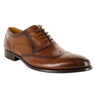Fender is a 5 hole wingtip, brogue oxford with a tapered almond toeshape. A classic men's shoe in fullgrain calf leather.