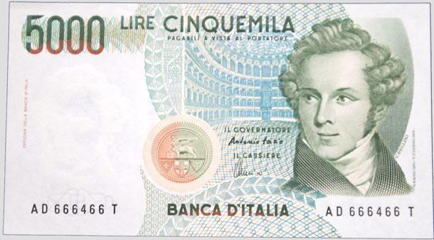 <p>Nel 1983 il governo Craxi decise di rinnovare tutte le banconote in circolazione e da allora cambiò il colore, che diventò marrone-grigio, e Manzoni lasciò il posto a Michelangelo Merisi da Caravaggio. </p>