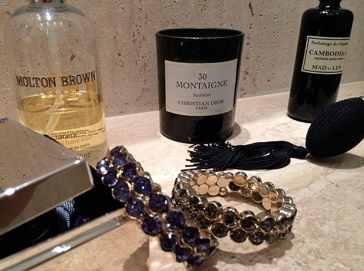 Otul się mgiełką luksusu i dyskretnej elegancji. Bransoletki z serii SARAH od SCALLINI - magia wyrafinowania i klasycznego piękna dla Ciebie!  Więcej na http://scallini.pl/bizuteria_damska/bransoletki/sarah_double_tanzanite.html