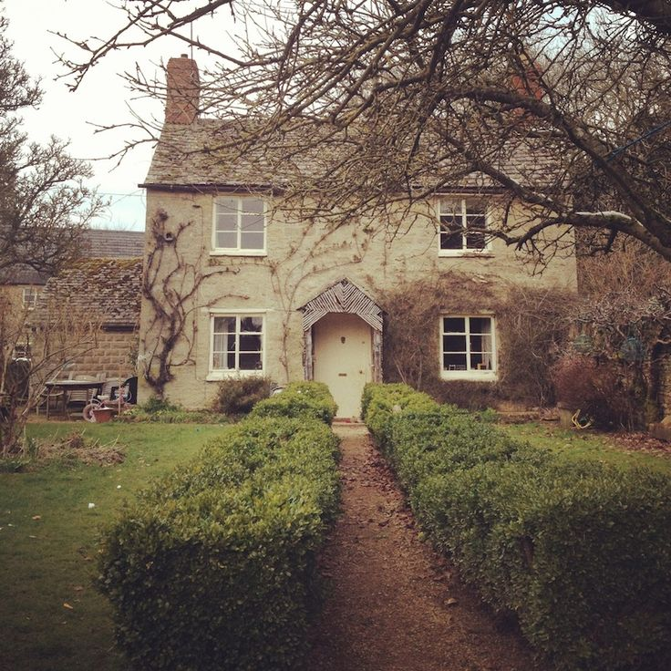 a little cottage near Rousham with the twig porch really
