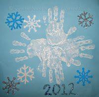 hand print snowflake   Fin snöflinga av barnens händer från Fun handprint art