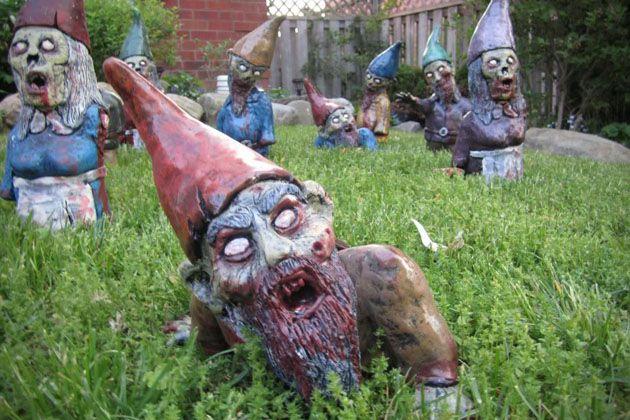 Zombie Garden Gnomes - Materialicious