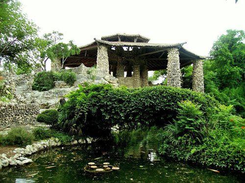About Town: Japanese Tea Garden  #SanAntonio #JapaneseGarden #Travel