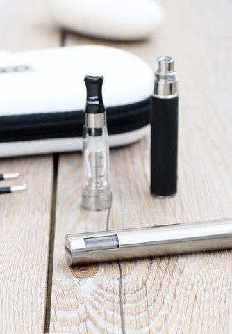 LCD Startkit dubbel - 650 mah - E-cigarett med LCD skärm. http://www.minecigg.se