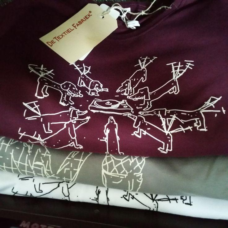 T-shirts zeefdrukken als bedrijfskleding of voor promotie.