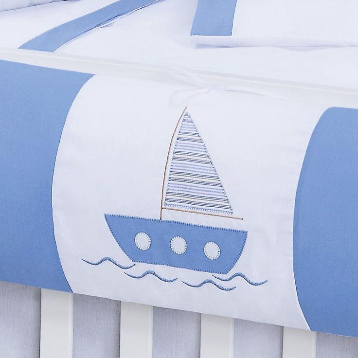 Kit Berço Americano Ursinho Marinheiro    Lindo, bordado, o quarto do seu bebê vai ficar lindo!    Contém:    1 Edredom 1,40m x 1,02m  1 cabeceira 0,67m X 0,48m (c/ zíper)  2 laterais 1,35m X 0,30m (c/ zíper)  1 lençol de baixo c/ elástico ( p/ colchão até 1,30m x 80cm x 10cm)  1 lençol de cobrir...