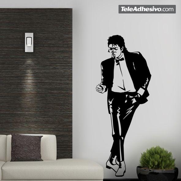 """ichael Jackson nació el 29 de agosto de 1958 en Indiana y nos dejó el 25 de junio de 2009. Mundialmente conocido fue un cantante, compositor y bailarín de música pop. Se ganó a pulso el sobrenombre de """"Rey del Pop"""". En este vinilo decorativo tenemos a Michael bailando en el genial vídeo 'Don't Stop 'till You Get Enough'."""