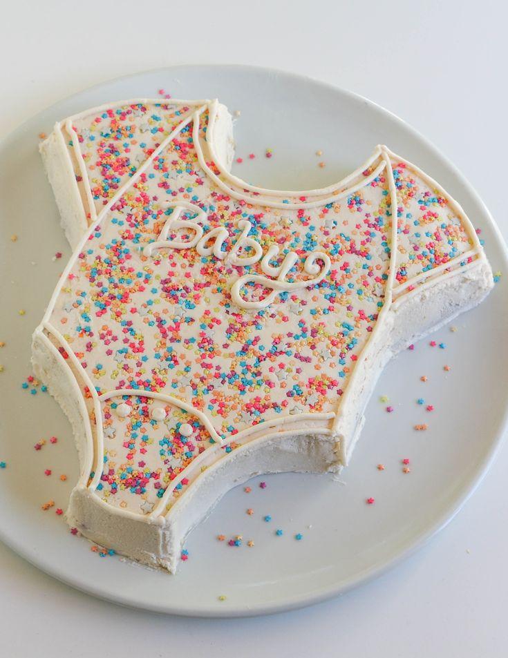 Onesie Cake | Erin Gardner | Craftsy