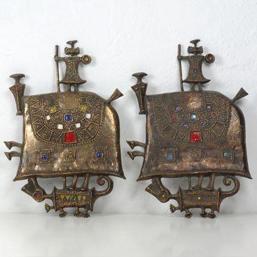 Lovas sárkányölő fali plakettek Muharos Lajos 1970 Öntött bronzból és rekeszzománcból Méretek:21,5x31,5x3,5cm Árak:60000 Ft