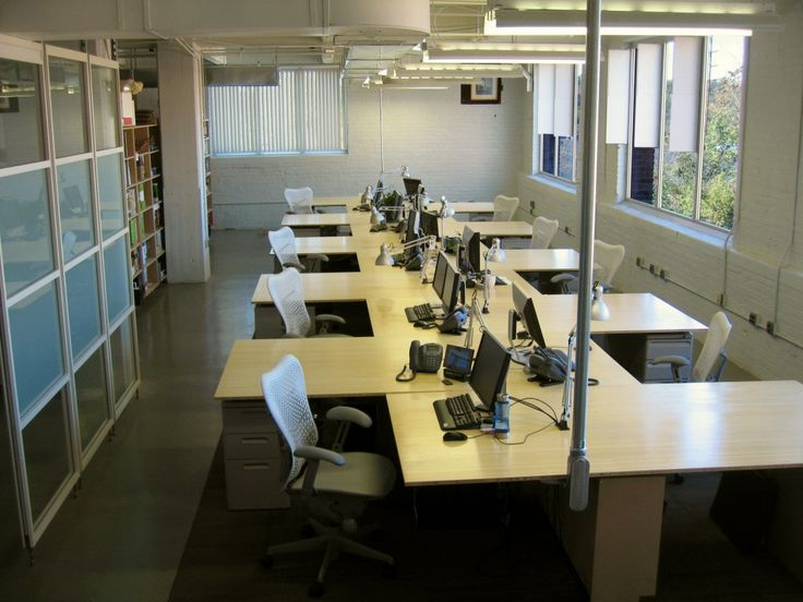 Office Desk Layouts - Best Home Office Furniture Check more at http://michael-malarkey.com/office-desk-layouts/