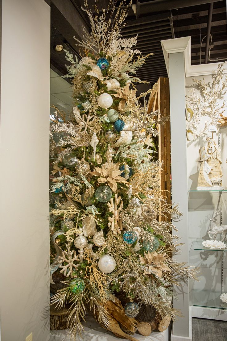 Coastal christmas decor - Find This Pin And More On Coastal Christmas Decor